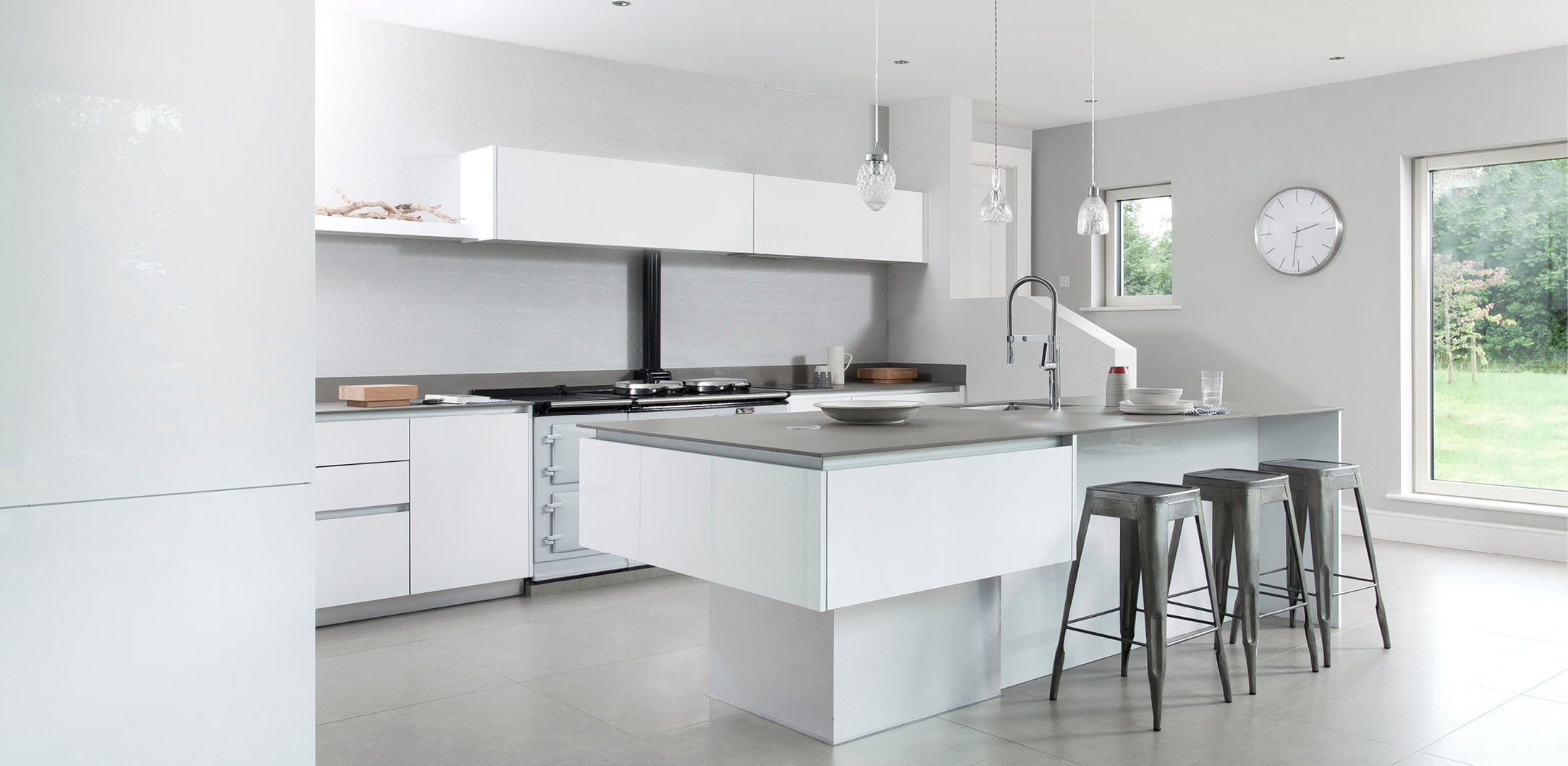 Greenhill kitchens county tyrone northern ireland for Modern kitchen company