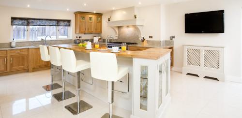 Modern-Classic-Kitchen-Private-Residence,-Blackrock,-Dublin-4